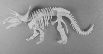BEW_uitjes 4mamamagazine dinosaurus